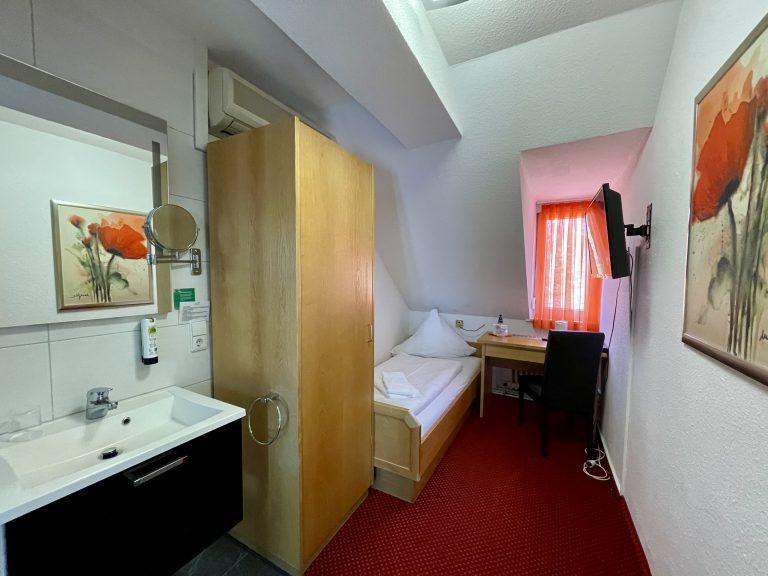 Economy Einzelzimmer mit Gemeinschafts-WC